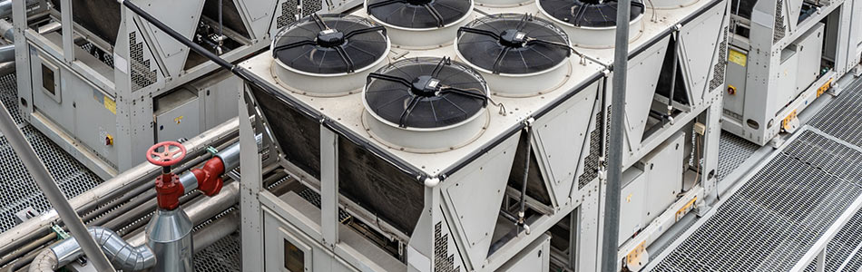 adiabatic cooling system for chillers