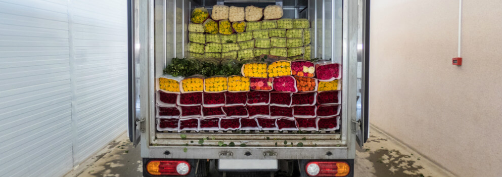 how are flowers shipped? - flowers packed in semi truck